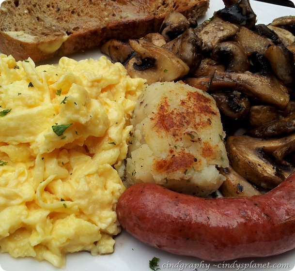 Antipodean Cafe Big Breakfast (2)