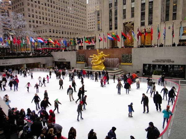 Eislaufen am Rockefeller Center in New York