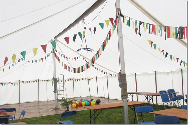 bunting-up