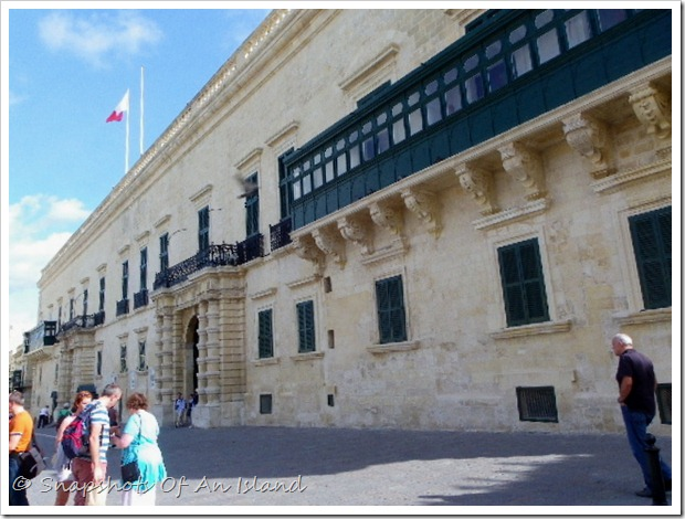 Valletta on a Sunday (18)-001