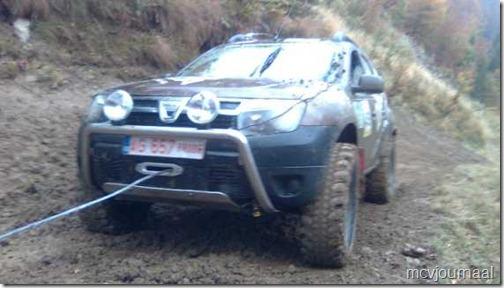 Dacia Duster Terrain 01