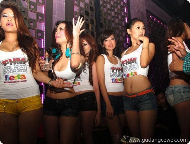 Aksi Hot Model Saat Dugem || gudangcewek.com