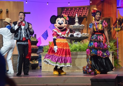 Convention 2013_minnie on stage DSC_2635