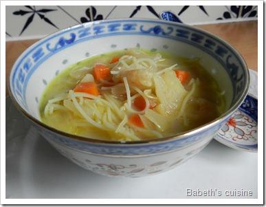 soupe chou curry crevettes2