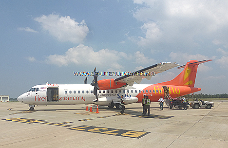 FireFly, Malaysia Airlines Airplane 12 ATR 72-500 turboprop, FireFly main hubs are at Penang Subang destinations Indonesia Malaysia Thailand Growth Triangle Malaysia Singapore Kota Bharu Kelantan