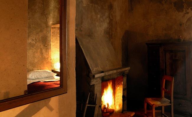 11-stanza_sulla_scala_di_legno
