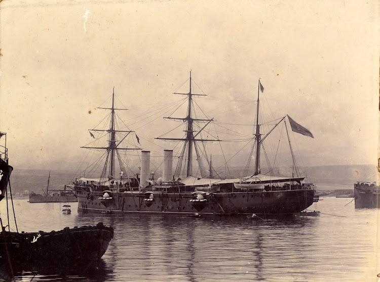 Estupendo documento del ALFONSO XII en el puerto de La Luz. Del Archivo FEDAC.jpg