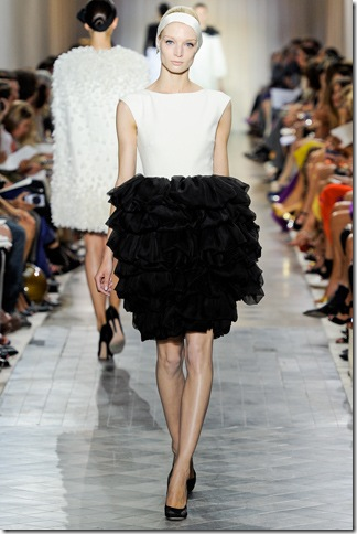 Giambattista Valli (nay)