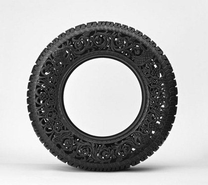 Wim-Delvoye_untitled-car-tyre-No4_4_2009_213bbc149b