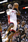 lebron james nba 121107 mia vs bro 03 King James wears 5 Colorways of Nike LeBron X in 6 Games