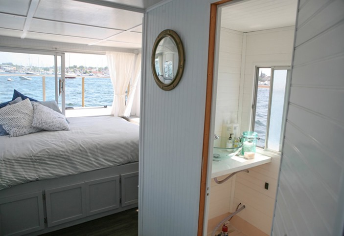 mmhouseboat11