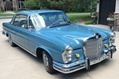 Mercedes-220-Coupe-5