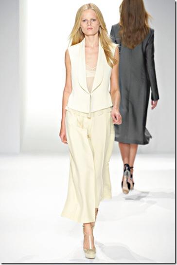 Calvin Klein Collection Spring 2011 (4)