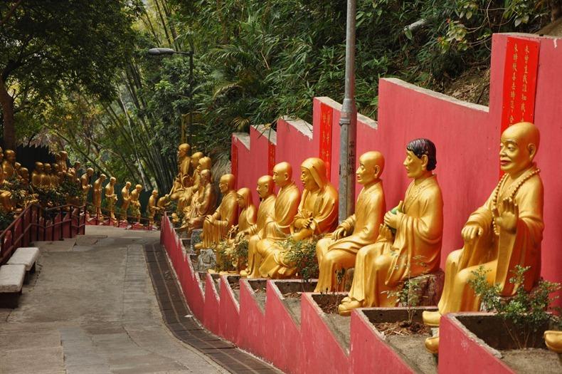 10000-buddhas-monastery-2