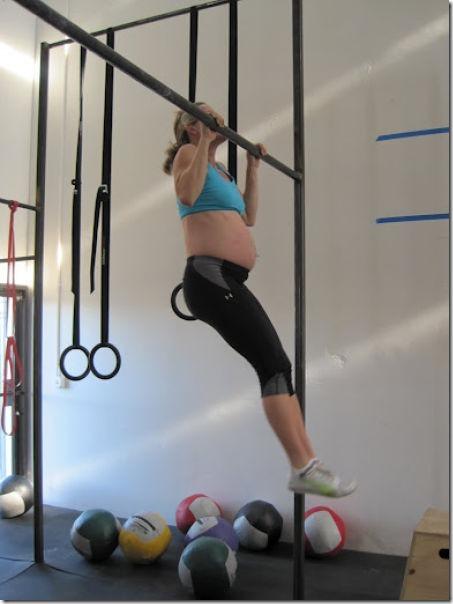 pregnant-workout-exercise-15