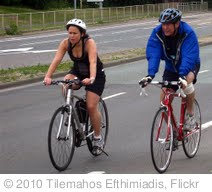 'London to Brighton Bike Ride - British Heart Foundation' photo (c) 2010, Tilemahos Efthimiadis - license: http://creativecommons.org/licenses/by-sa/2.0/