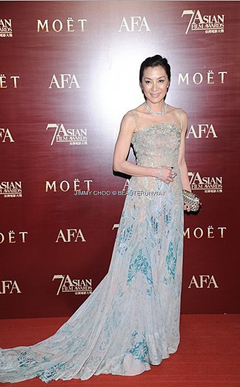 MICHELLE YEOH JIMMY CHOO PLATFORM SANDAL CLAIRE TUBE CLUTCH shoes, sandals, bags accessories red carpet night awards HONG KONG 7TH ASIAN FILM AWARDS