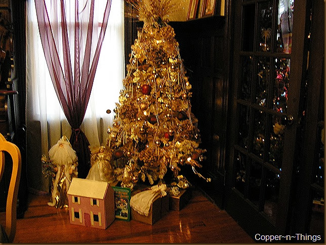 Dinning Room Christmas 2 009
