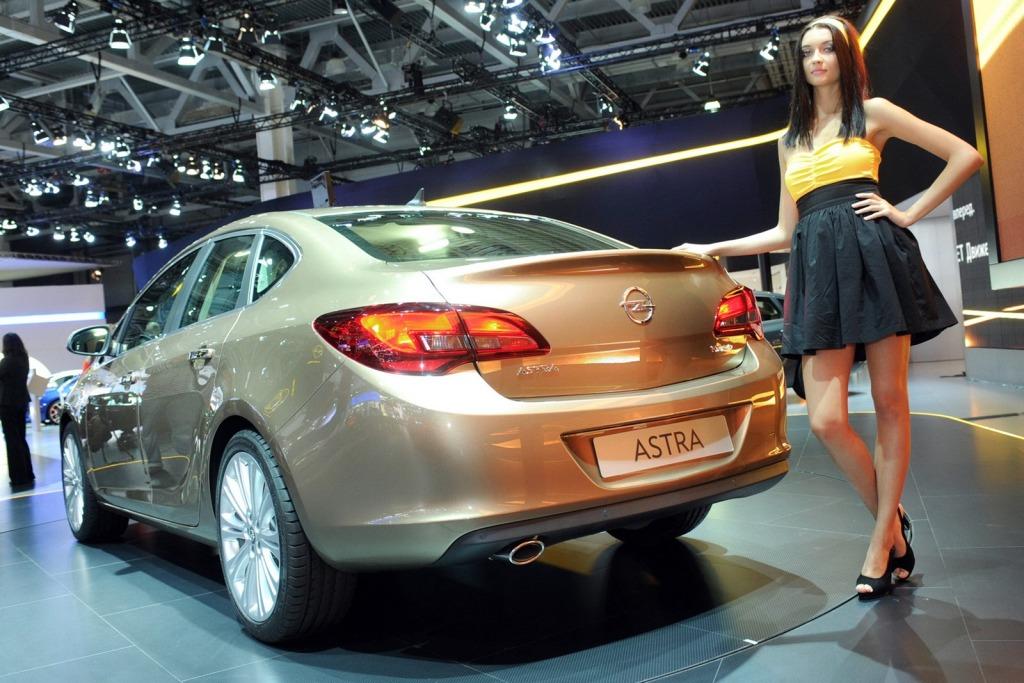 Opel Astra Sedan.