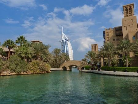 17. Burj al Arab la Medinat Jumeirah.JPG
