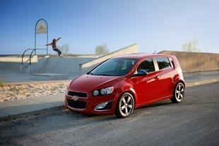 2014-Chevrolet-SonicRS-1