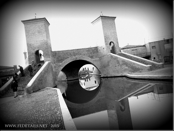 Tre Ponti di Comacchio, Photo 34, Ferrara, Emilia Romagna, Italy - Property and Copyrights of FEdetails.net