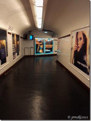 couloir du métro, Paris