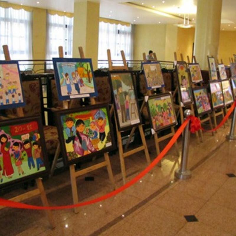 Tranh vẽ của học sinh mừng ngày nhà giáo Việt Nam