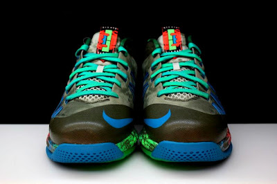 nike lebron 10 low gr black turquoise blue 2 12 Additional Look at Nike LeBron X Low Tarp Green