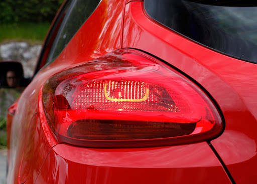 Yeni-Kia-Pro-Ceed-GT-2014-85.jpg