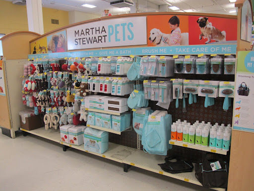 Sharkey!  Look at all of these great Martha Stewart Pets products!