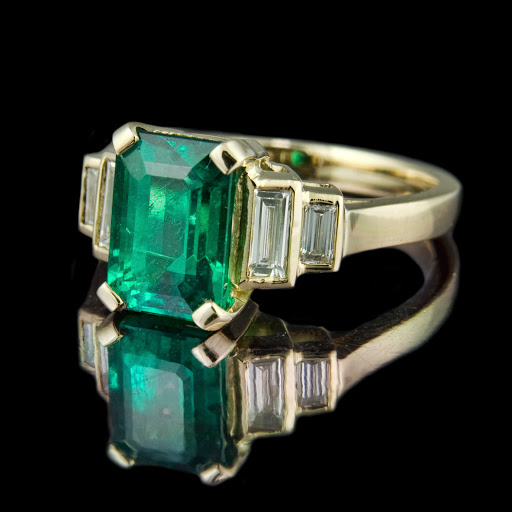 Emerald cut engagement rings are the works of classical engagement rings are stunning. Emerald cut engagement rings is the use of pieces