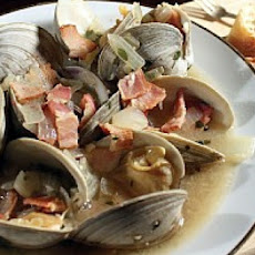 Steamed Clams with Bacon and Beer