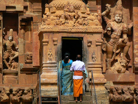 Protected by the Tamil Nadu gods - temple of Tanjore