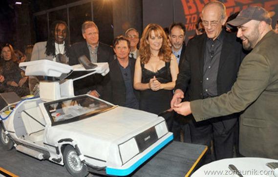 Model Kue ulang tahun berbentuk  Mobil