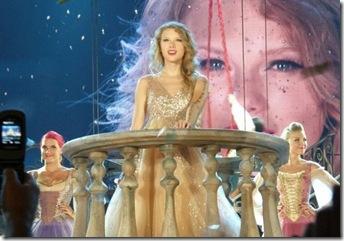 Taylor Swift's Tacoma show3