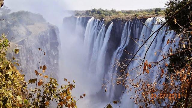 Victoria Falls ZA 054.JPG