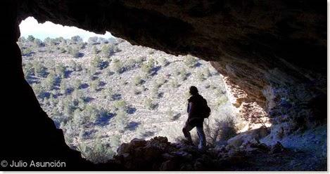 Interior de cueva en Sierra Helada - Benidorm