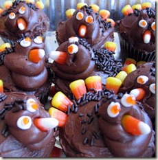 10-fw1010-chocolate-frosting-candy-turkeys-xl