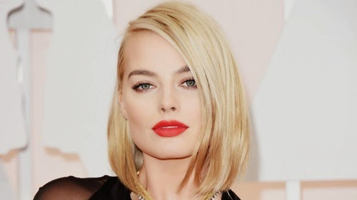 margot-robbie-oscars-2015-red-carpet-gi