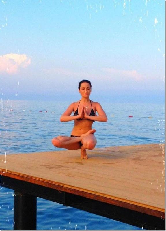 Dasha Astafieva fazendo Yoga (7)