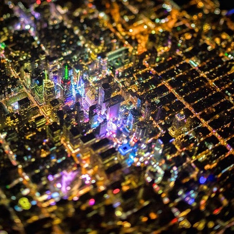 Stunning Night Time Photos of New York City From 7,500 Feet
