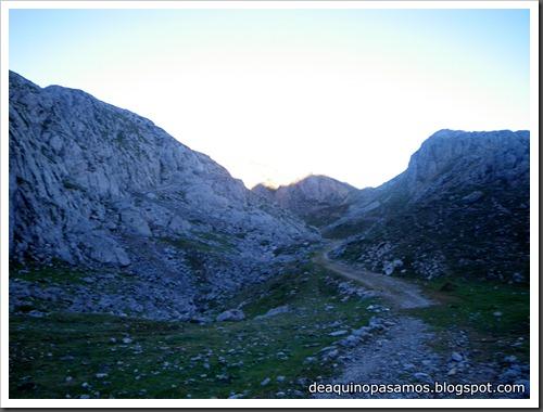 Jito Escarandi - Jierru 2424m - Lechugales 2444m - Grajal de Arriba y de Abajo (Picos de Europa) 0039