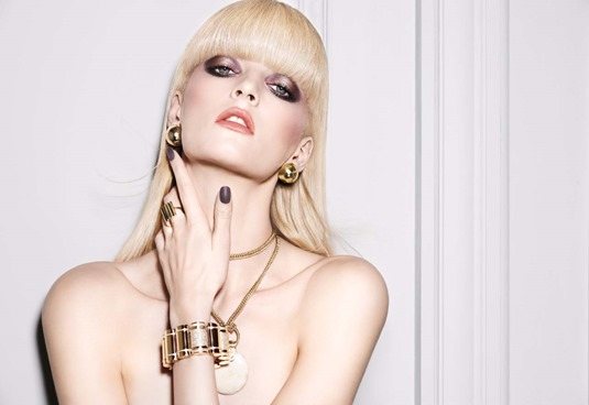 NARS Dual-Intensity Eyeshadow Campaign Image - © François Nars