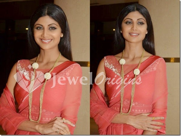 Shilpa_Shetty_Long_Chain