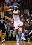 lebron james nba 121107 mia vs bro 02 King James wears 5 Colorways of Nike LeBron X in 6 Games