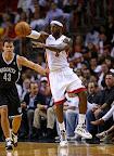 lebron james nba 121107 mia vs bro 02 King James wears 5 Colorways of Nike LeBron X in 6 Games