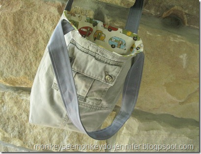 upcycled stand-up tote bag with gussets  (13)