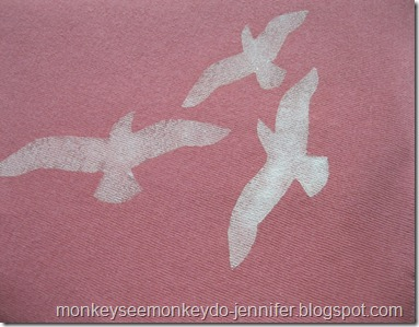 updated yoga skirt with freezer paper stenciled birds (9)