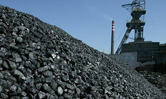 Coal awaits transport in Katowice, Upper Silesia. According to the study, Polish coal power plants have the worst health impact in the European Union. Photo: Sean Gallup / Getty Images